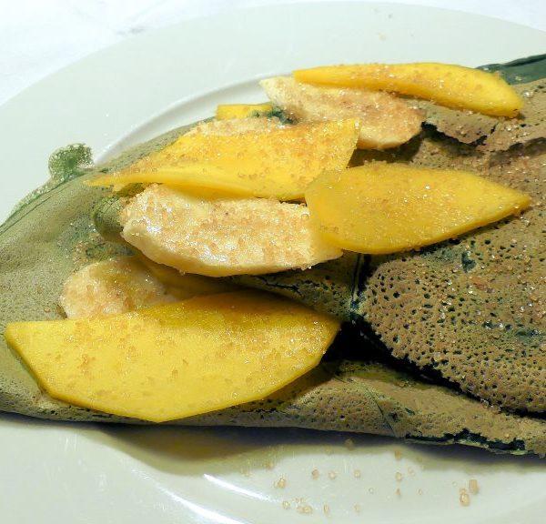 Chlorella-Crepes mit süßer Füllung