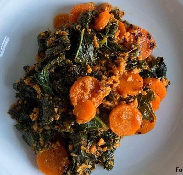 Grünkohl-Karotten-Gemüse mit Dulse