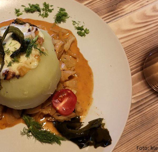 Kohlrabi-Fenchel-Wakame-Gemüseteller
