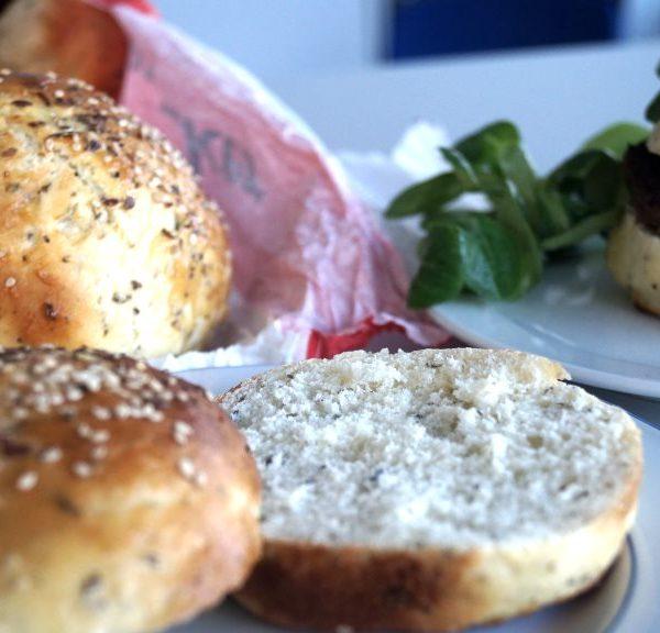 Burger Buns mit Meer-Taste von 3 Algen