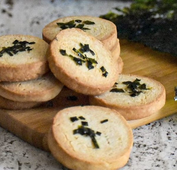 Lavendel-Shortbread mit Algen-Streuseln